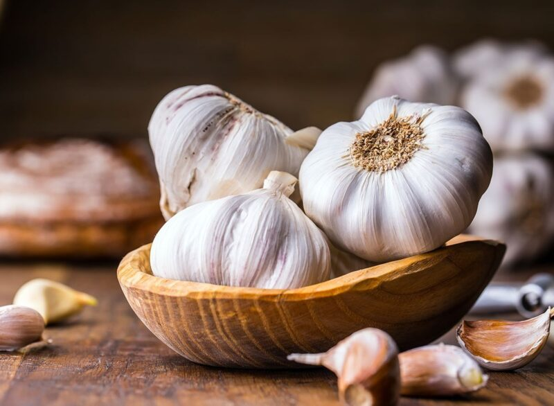 How To Get Rid Of Garlic Breath? Save Yourself From Embarrassment